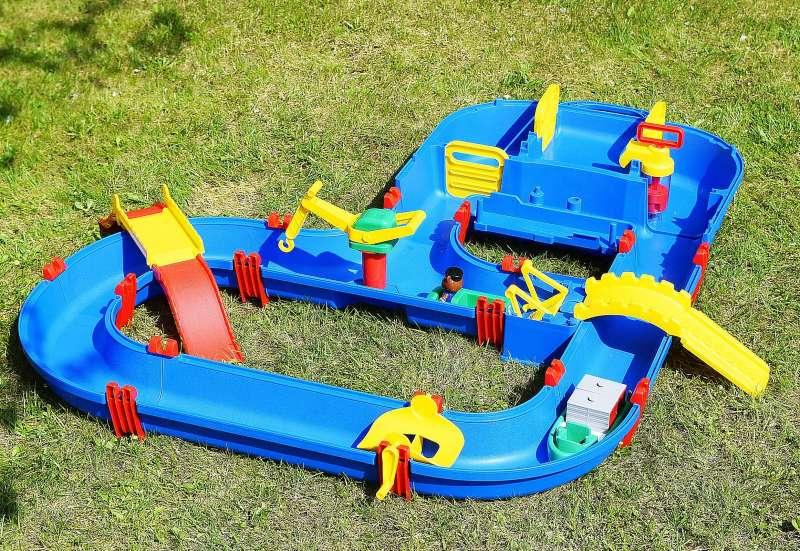 Wasserspielspaß für Klein und