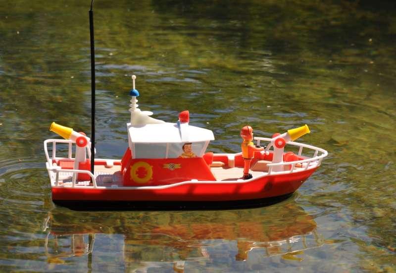 Dickie Toys/Autos, Fahrzeuge, Boote & Flieger:RC Feuerwehrmann Sam Löschboot