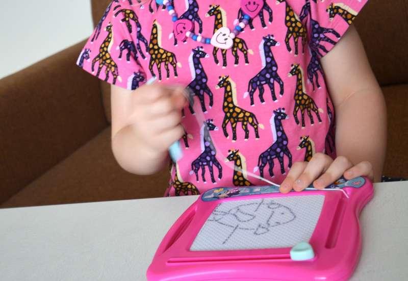 Simba/Basteln, Malen & Kreativ:Minnie Maltafel von Simba Toys