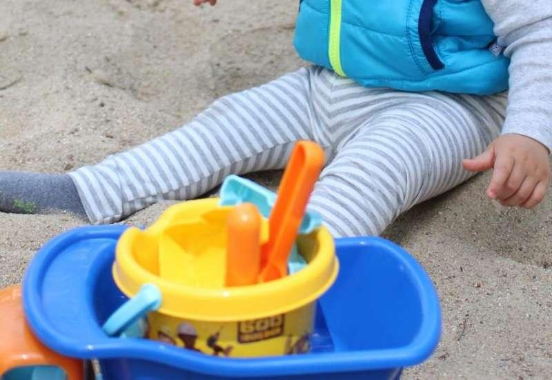 Simba/Baby- & Kleinkindspielzeug:Auf in den Sandkasten