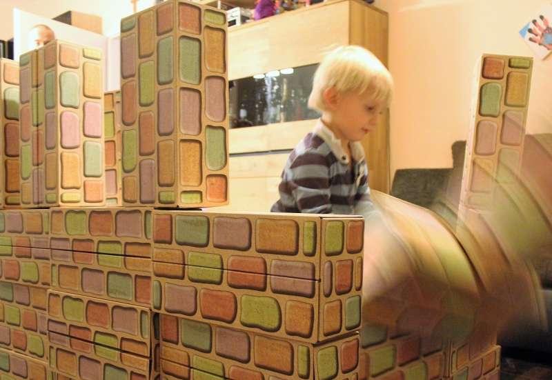 Sonstige/Bauen & Konstruieren:Bauklötze staunen und verbauen