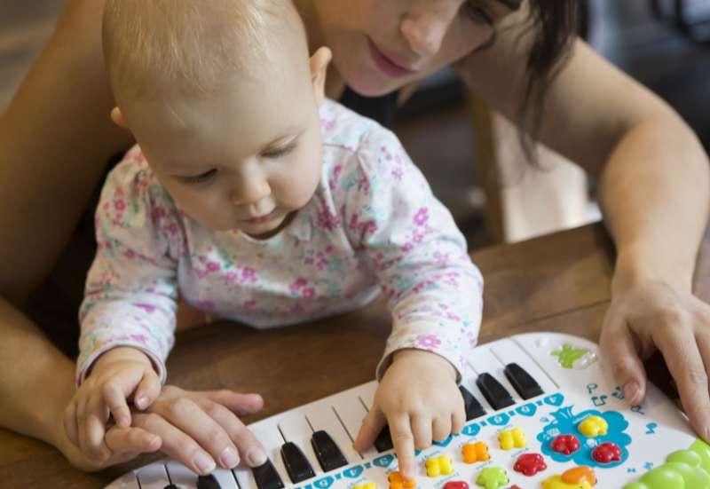 Simba/Instrumente & Musikspielzeug:ABC Tier-Keyboard