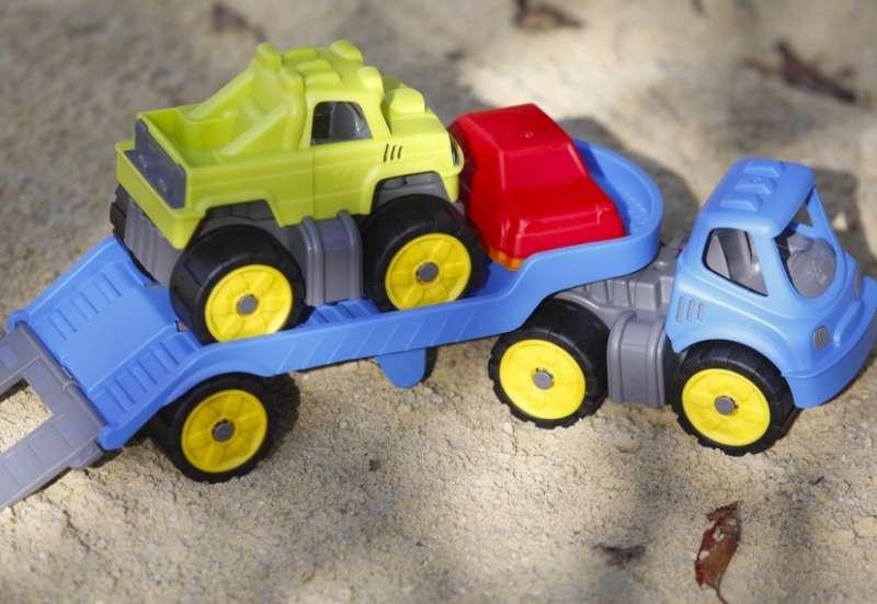 BIG/Autos, Fahrzeuge, Boote & Flieger:Ein Mini Monster Truck Set