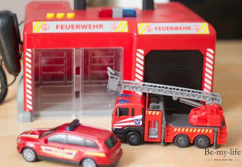 Dickie Toys/Autos, Fahrzeuge, Boote & Flieger:Tatü, tata die Feuerwehr is da