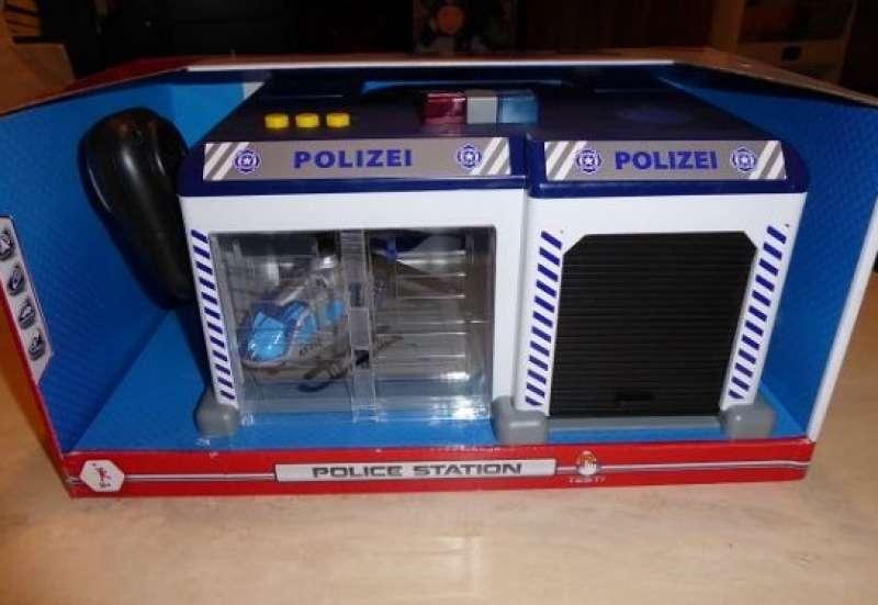 Dickie Toys/Autos, Fahrzeuge, Boote & Flieger:Produkttest: Polizeistation