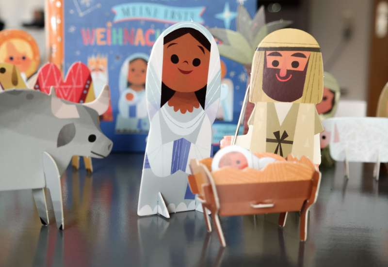 Sonstige/Kinder Rollenspiele:Meine erste Weihnachtskrippe!
