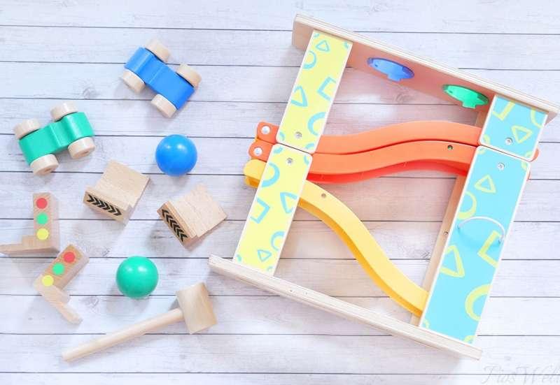 Eichhorn/Baby- & Kleinkindspielzeug:Rollbahn & Klopfbank in einem