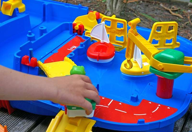 AuqaPlay/Autos, Fahrzeuge, Boote & Flieger:Aquaplay lock box