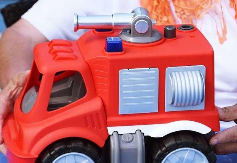 Simba/Outdoor & Sport:Wenn Oma die Toy Boxx entdeckt