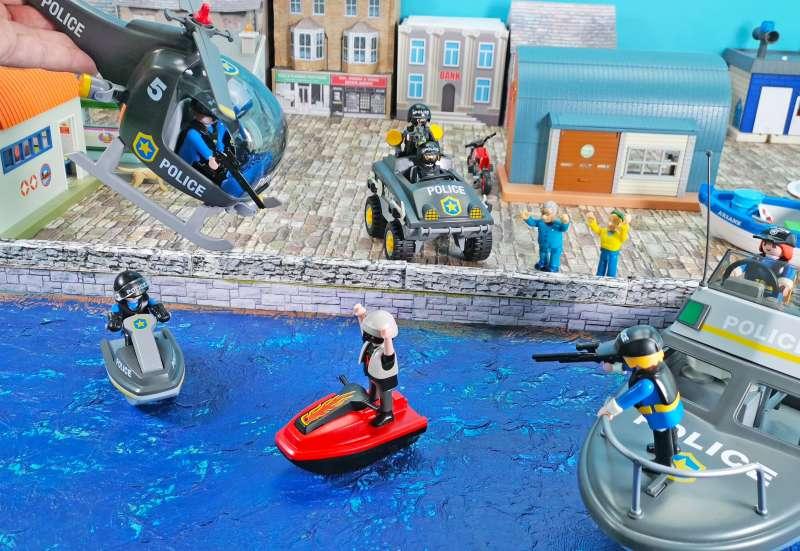 Playmobil/Autos, Fahrzeuge, Boote & Flieger:PLAYMOBIL Polizei Set 9043