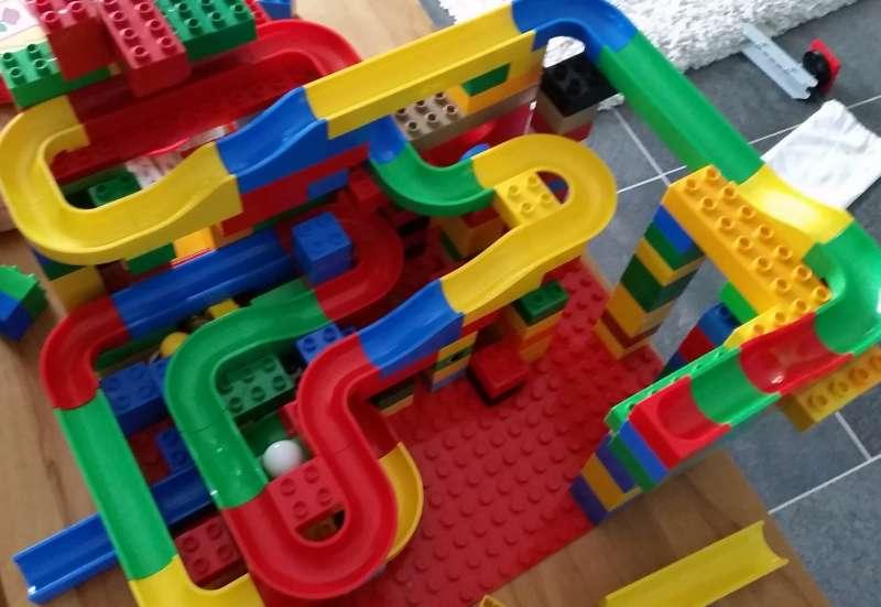 Sonstige/Bauen & Konstruieren:Die Hubelino Kugelbahn