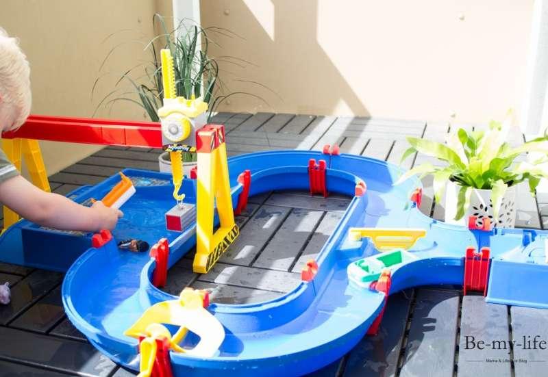 AuqaPlay/Outdoor & Sport:fröhlicher Wasserspass