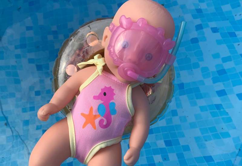Simba/Kinder Rollenspiele:New Born Baby Badepuppe