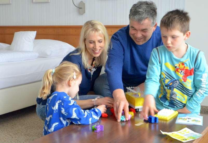 Familienspaß beim Bauen
