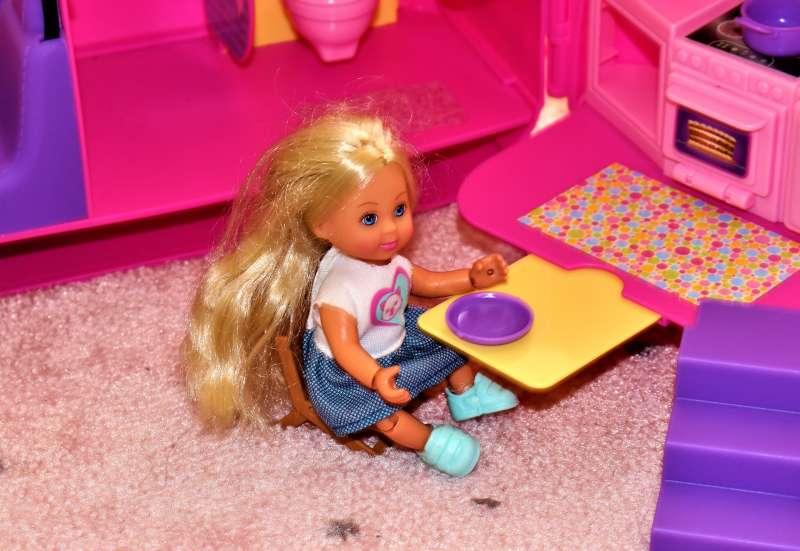 Simba/Puppen & Puppenzubehör:Ferienspaß mit Evi LOVE