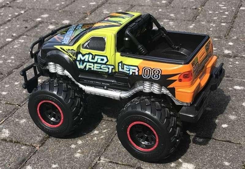 Dickie Toys/Autos, Fahrzeuge, Boote & Flieger:Mud Wrestler von RC im Test