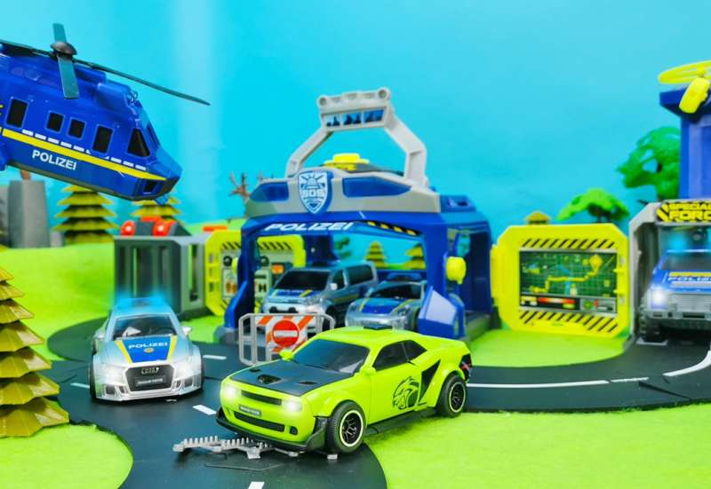 Dickie Toys/Autos, Fahrzeuge, Boote & Flieger:Ultimate Police Headquarter
