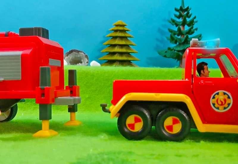 Simba/Autos, Fahrzeuge, Boote & Flieger:Fireman Sam Venus + Anhänger