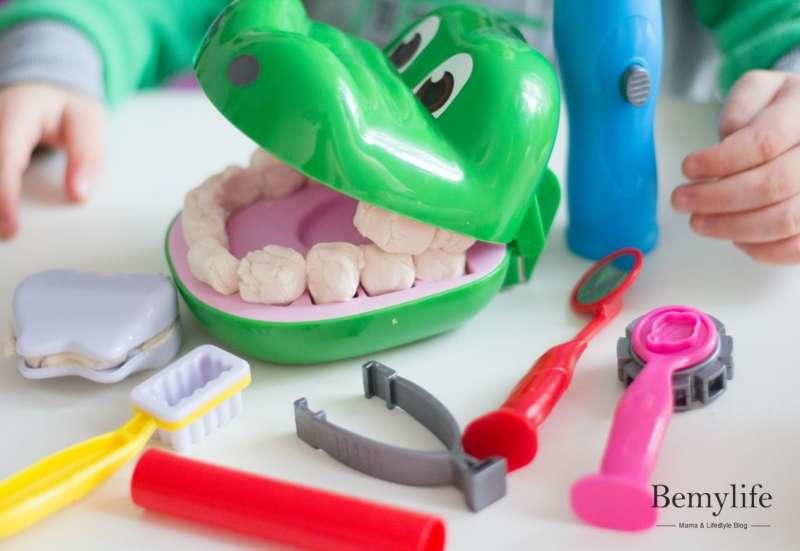 Simba/Bauen & Konstruieren:Ein Krokodil beim Zahnarzt
