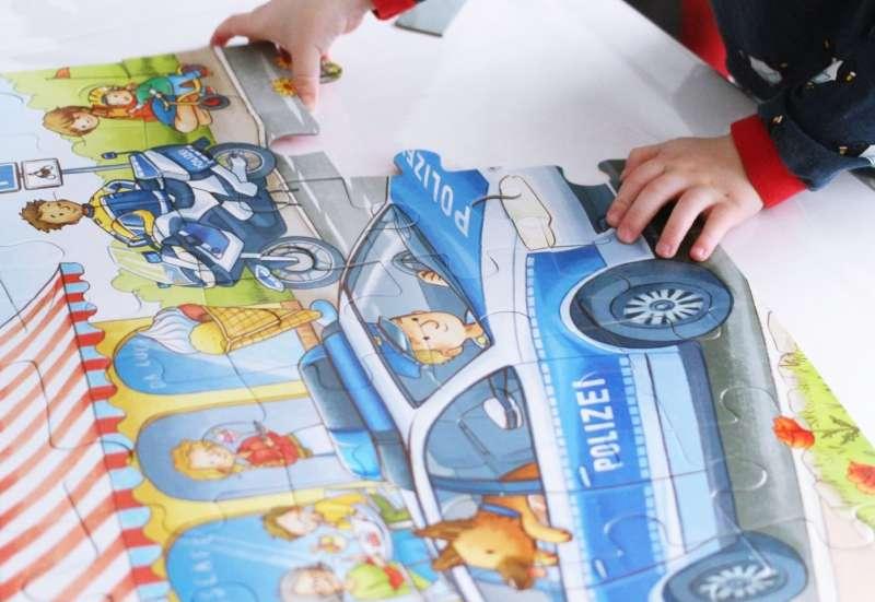 Noris/Spiele & Puzzles:Auf Streife mit der Polizei