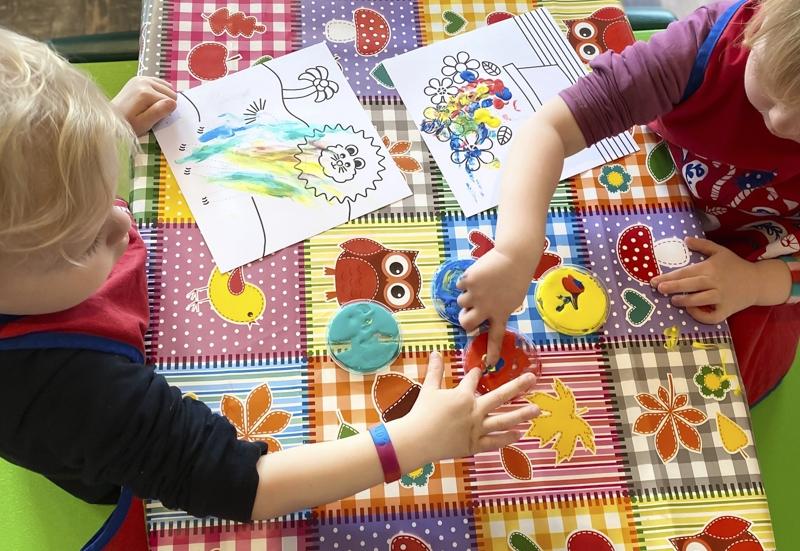 Simba/Basteln, Malen & Kreativ:Malen mit Fingermalfarben