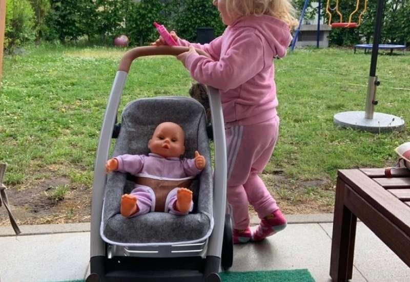 Smoby/Kinder Rollenspiele:Puppenwagen mit Stil