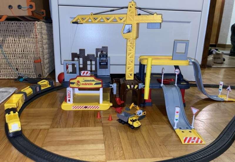 MÄRKLIN/Hobby (z. B. Eisenbahnen, Quadcopter):Achtung Baustelle!