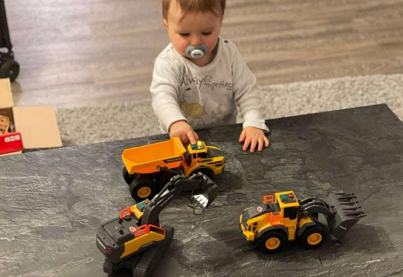 Dickie Toys/Autos, Fahrzeuge, Boote & Flieger:Baufahrzeuge mit Licht&Sound