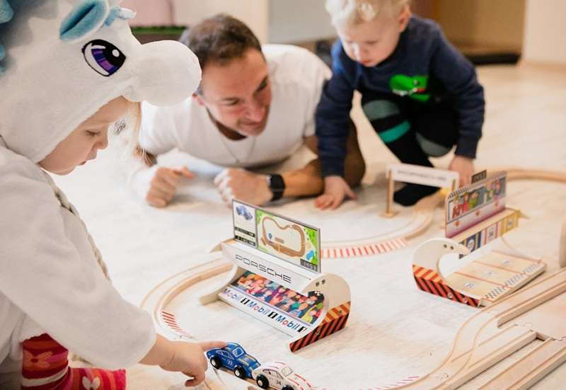Eichhorn/Hobby (z. B. Eisenbahnen, Quadcopter):Das Porsche Racing Set