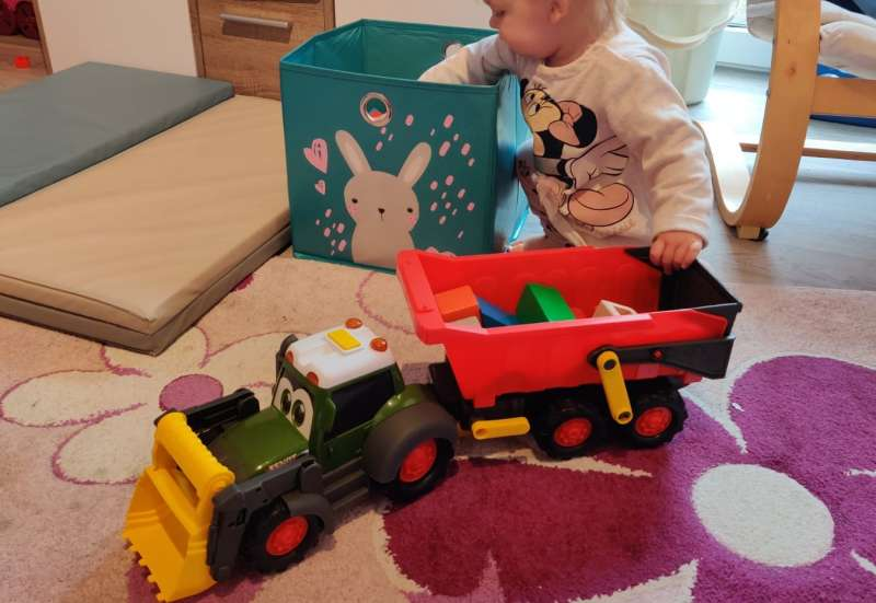 Dickie Toys/Autos, Fahrzeuge, Boote & Flieger:Happy Farm Trailer