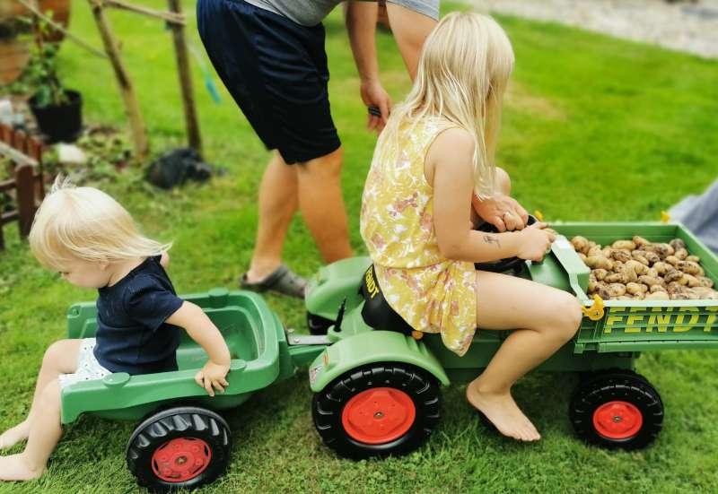 BIG/Kinderfahrzeuge (z. B. Bobby Car):Fendt Geräteträger