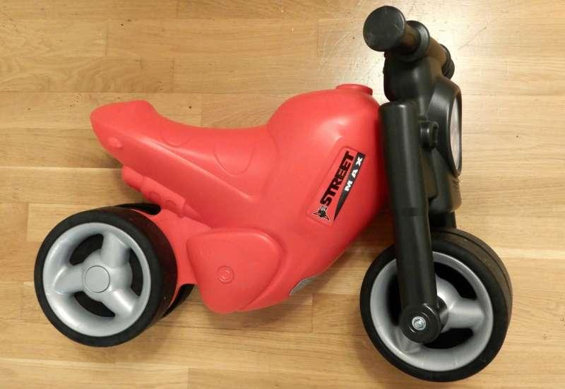 BIG/Autos, Fahrzeuge, Boote & Flieger:Motorrad für die Kleinen