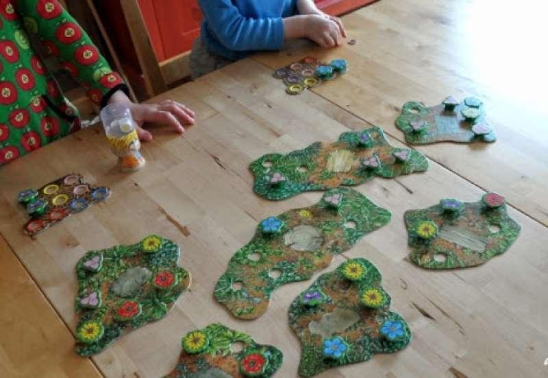 Noris/Spiele & Puzzles:Spring ins Feld von Noris