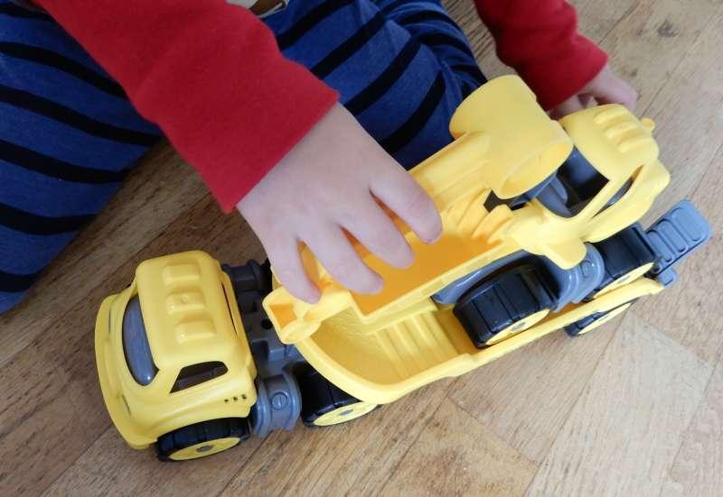 BIG/Autos, Fahrzeuge, Boote & Flieger:Mini Power Worker Transporter mit Bagger