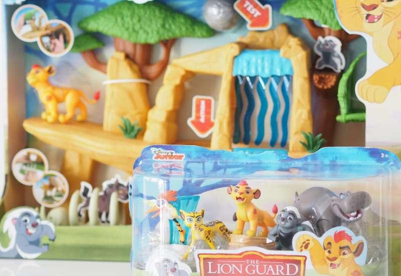 Simba/Kinder Rollenspiele:Die Garde der Löwen ° Geweihte