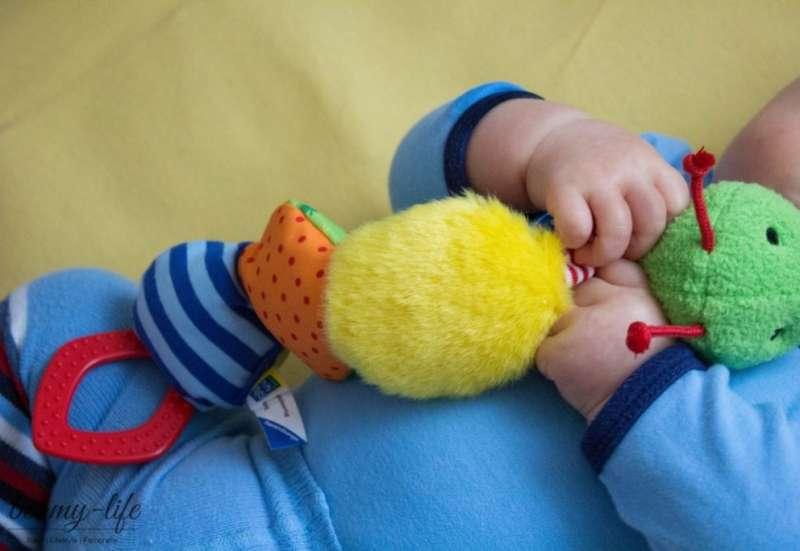 RAVENSBURGER/Baby- & Kleinkindspielzeug:Eine kleine Raupe zum Ertasten