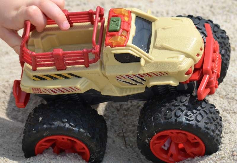 Dickie Toys/Autos, Fahrzeuge, Boote & Flieger:Dino Chaser von Dickie Toys