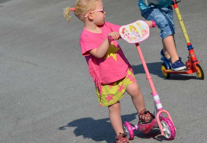Smoby/Kinderfahrzeuge (z. B. Bobby Car):Disney Princess Roller