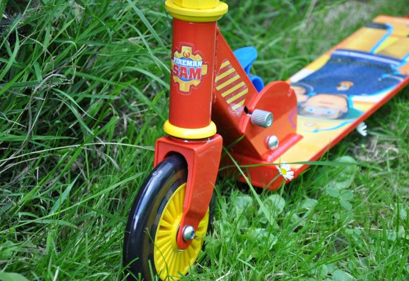 Simba/Kinderfahrzeuge (z. B. Bobby Car):Feuerwehrmann Sam Roller