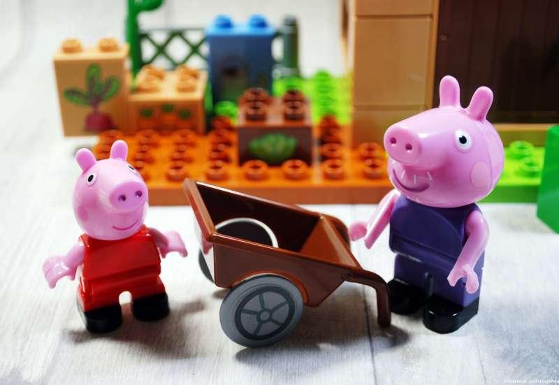 BIG/Baby- & Kleinkindspielzeug:PlayBIG Bloxx mit Peppa Wutz