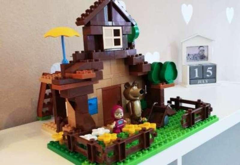 BIG/Bauen & Konstruieren:Masha und der Bär Haus