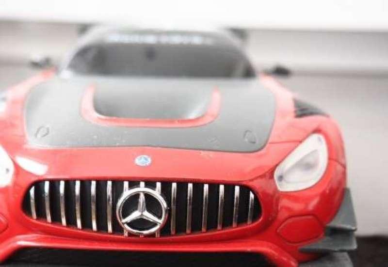 Dickie Toys/Autos, Fahrzeuge, Boote & Flieger:Der Mercedes-AMG GT3