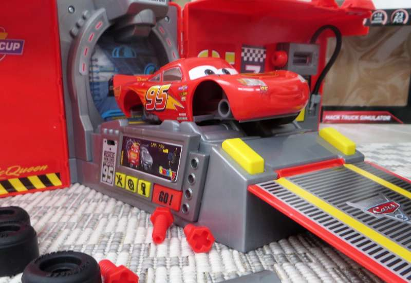 Smoby/Autos, Fahrzeuge, Boote & Flieger:Smoby Cars Mack Truck
