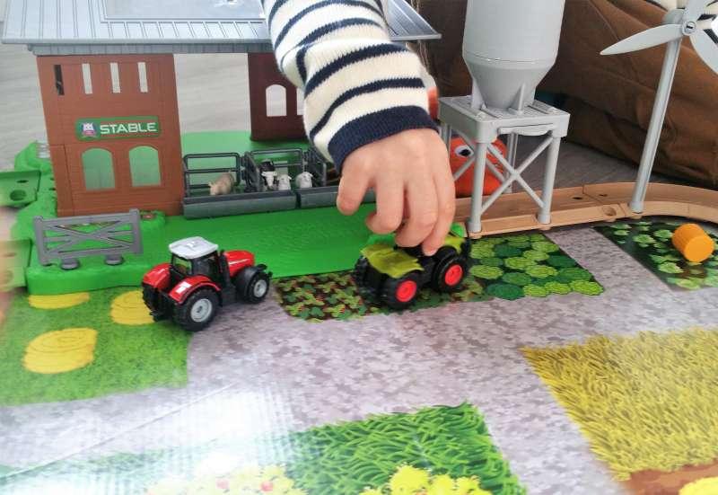 Majorette/Spielewelten & Sammelfiguren:Großer Bauernhof von Majorette