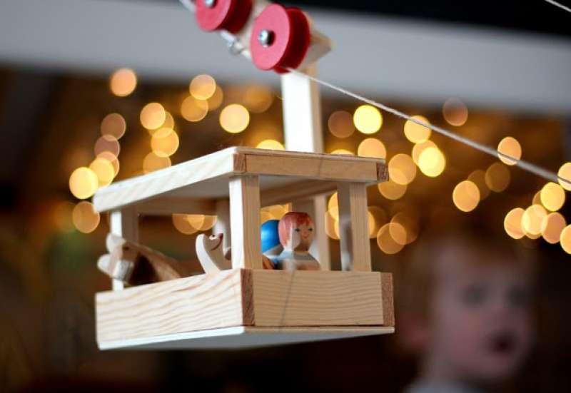 Sonstige/Bauen & Konstruieren:Großes Pendel-Seilbahn-Set
