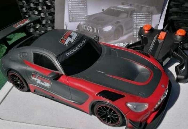 Dickie Toys/Autos, Fahrzeuge, Boote & Flieger:Qualmende Reifen für Kids