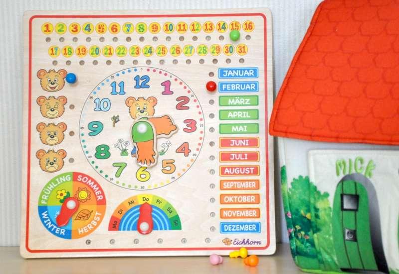 Eichhorn/Spiele & Puzzles:Die Eichhorn Kalenderuhr