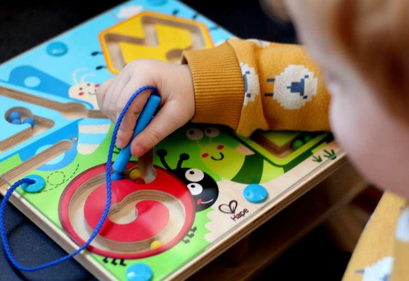 """HAPE/Spiele & Puzzles:Magnetspiel """"Kleine Tiere"""""""