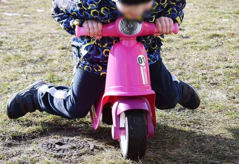 BIG/Kinderfahrzeuge (z. B. Bobby Car):BIG Classic Scooter Girlie