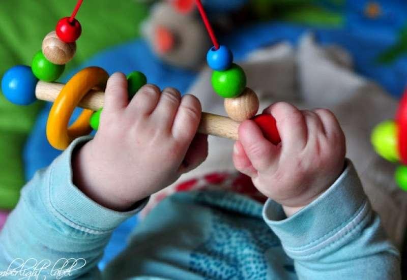 Eichhorn/Baby- & Kleinkindspielzeug:Spieltrapez von Eichhorn